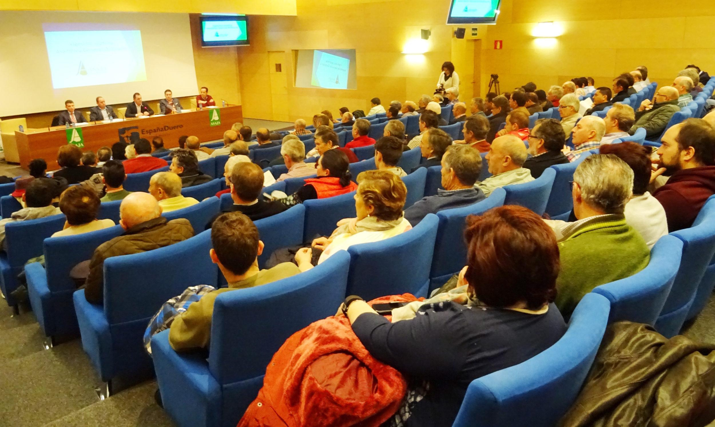Un momento, en la vigésimo séptima Asamblea General. Foto: ASAJA Salamanca