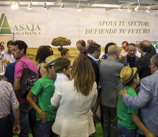 Un momento en el expositor de ASAJA Salamanca. FOTO: ASAJA Salamanca