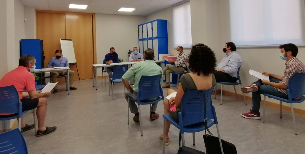 Reunión de la sectorial de la patata en ASAJA Salamanca. FOTO: ASAJA Salamanca