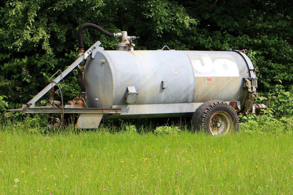 ASAJA califica de insuficiente la moratoria para adaptar la maquinaria de aplicación de purines