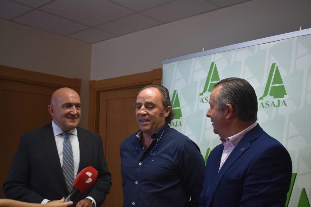 Juan Ramon alonso con Carnero y donaciano dujo en Valladolid