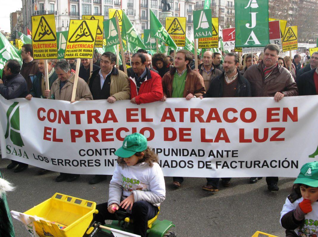 Manifestación contra el atraco en el precio de la luz, Asaja Castilla y León