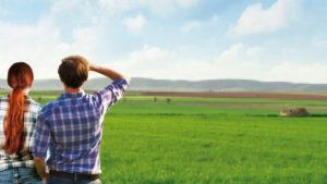 Jóvenes agricultores - Todo el campo por delante