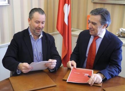 Convenio de colaboración financiera entre ASAJA de Castilla y León y el Banco Santander